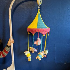 Crib Hanging Toy for Sale in Portland, OR