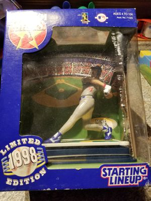 Unopened stadium stars starting line up 1998 limited edition Mike Piazza for Sale in Brookline, MA