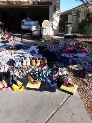 Yard Sale for Sale in Goodyear, AZ