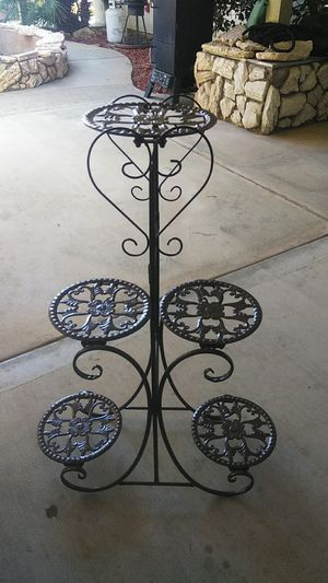 5 pots plant stand new out of box for Sale in Victorville, CA