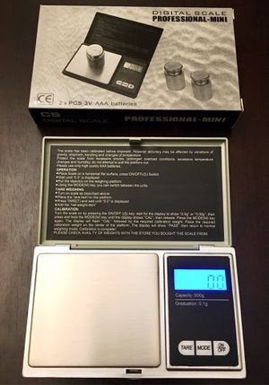 New in box 500 gram x 0.1g accuracy jewelry pocket weighing weight scale accurate measurment batteries included for Sale in Whittier, CA