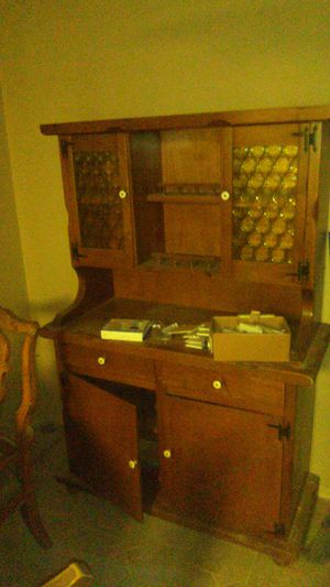 1968 antique China hutch and tabel set for Sale in Santee, CA
