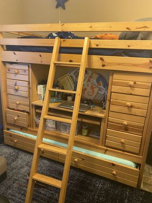 Capitan bed with drawers/storage/ desk for Sale in Houston, TX