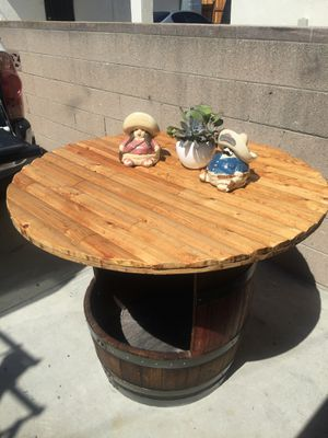 Bar Table for Sale in Lawndale, CA