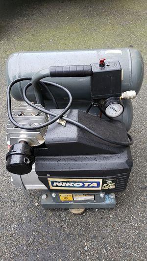 Nikita 2 hp 4 gallon air compressor $60 for Sale in Lynnwood, WA
