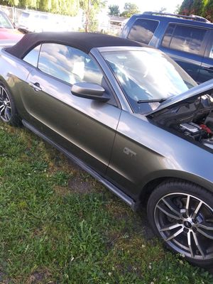 Ford mustan gt 2010 for Sale in Gervais, OR