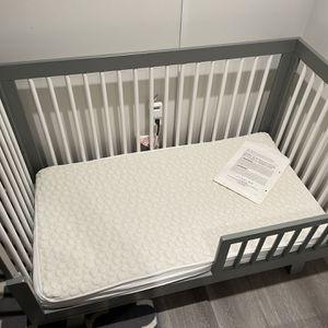 Convertible crib for Sale in San Francisco, CA