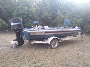 Small/medium size boat for Sale in San Antonio, TX