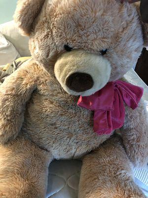 Very very big stuffed bear for Sale in Jonesboro, GA