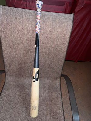 B45 Wood Bat for Sale in Miami, FL