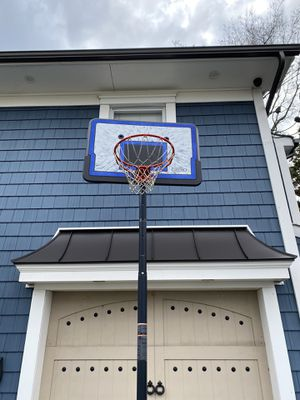 Basketball hoop for Sale in South Farmingdale, NY
