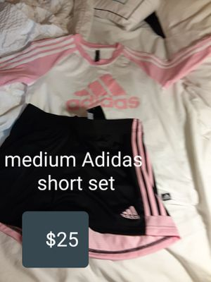 Brand new women's Adidas outfit medium for $25 tags still on for Sale in Hickory Creek, TX