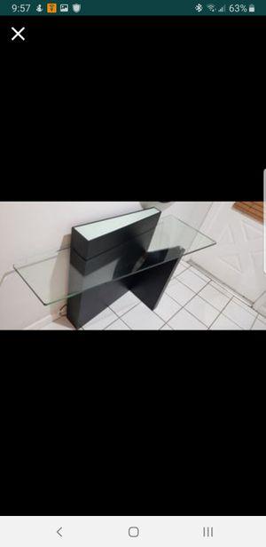 El Dorado Black Entrance Table (Pre-Owned) for Sale in Miami, FL