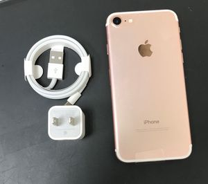 iPhone 7 128GB Factory Unlocked-Rosegold for Sale in New York, NY