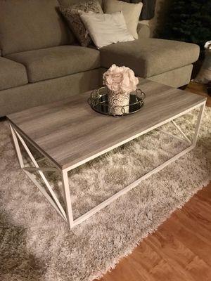 Nice coffee table 😍 for Sale in Lemon Grove, CA