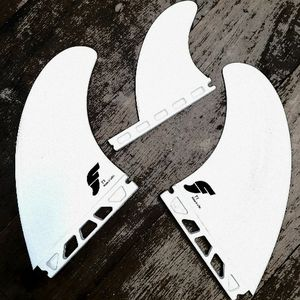 "FUTURES T1 THERMOTECH TWIN SURFBOARD FINS with 3.16"" trailer for Sale in Camp Pendleton North, CA"