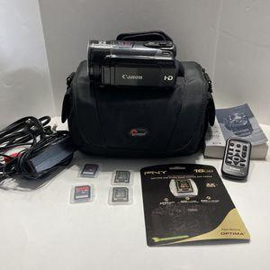Canon Vixia HF s20 HD CMOS Camcorder 1080 8.0 Mega Pixels Plus Extras Working for Sale in Tacoma, WA