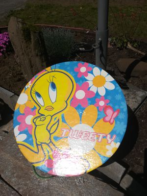 Tweety bird box for Sale in Vancouver, WA