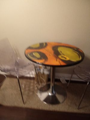 Breakfast table only had it one month no scraches for Sale in Houston, TX