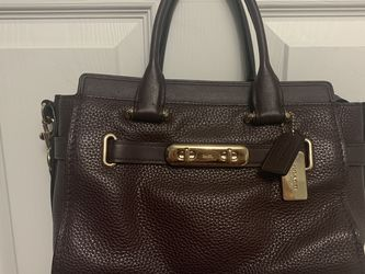 Coach Swagger Leather Bag for Sale in Portland,  OR