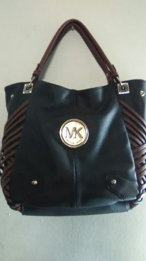 Michael Kors bag for Sale in Columbus, OH
