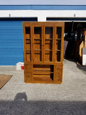 2PC Press Wood w/Maple Finish Lighted China Cabinet for Sale in Jacksonville, FL