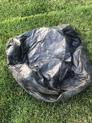 Camping lot/tarp and wheel covers for 5th wheel for Sale in Templeton, CA