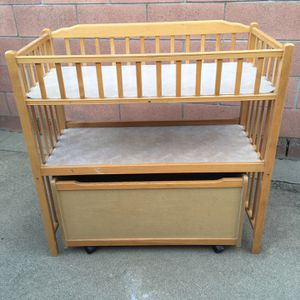 Baby Changing Table With Storage Box w/wheels for Sale in Long Beach, CA