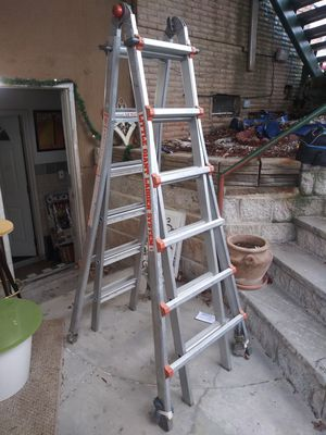 Little Giant extension ladder for Sale in The Bronx, NY