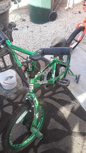 Very nice 18 in bike for Sale in Victorville, CA