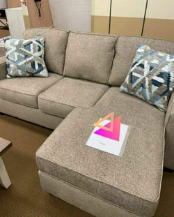 Greaves Driftwood Sofa Chaise ✔️ Couch ⭐ Living Room Set for Sale in Round Rock,  TX