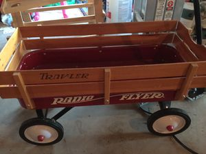 Radio Flyer Town & Country Wagon for Sale in Ashburn, VA