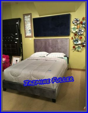 Queen bed frame COLOR CHOICE for Sale in Glendale, AZ