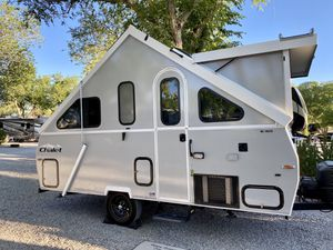 2016 Chalet XL 1935 Hard-sided Pop-up Travel Trailer - Fits in Garage for Sale in San Diego, CA
