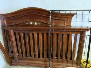 Baby crib/table for Sale in Philadelphia, PA