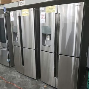 SAMSUNG French 4Doors Flexzone Water Ice Refrigerator for Sale in Ontario, CA