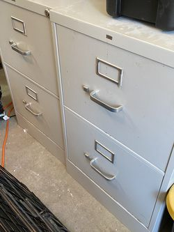 Two Drawer Filing Cabinet (2) for Sale in Happy Valley,  OR