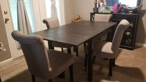 Dinning table and chairs for Sale in Glen Burnie, MD