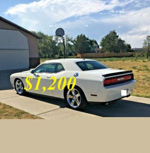 🌺$1,2OO Selling🌺 2009 Dodge Challenger🌺 very nice🙏🏼 for Sale in Ontario, CA