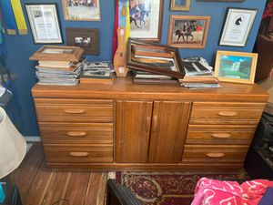 Solid wood dresser/tv stand! Comes with mirror. $130 OBO! for Sale in Shelbyville, TN