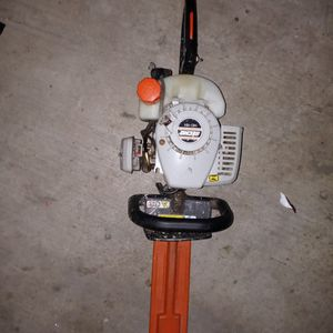 Echo. Hc 151 Gas Trimmer for Sale in Norco, CA