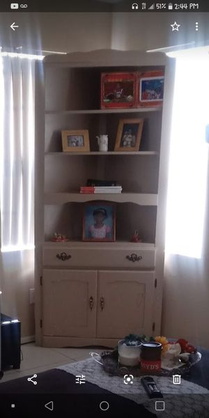 2 antique corner cabinets for Sale in North Las Vegas, NV