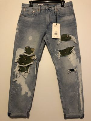 Levi's Premium High-Ball Roll Jeans Size 32 for Sale in Wichita, KS