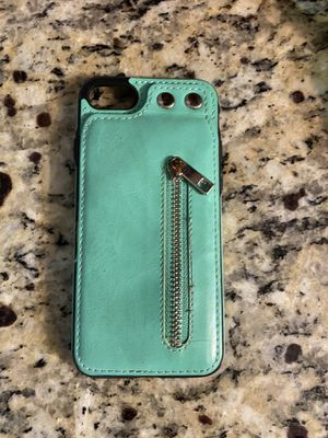 iPhone 8 wallet case for Sale in Hialeah, FL
