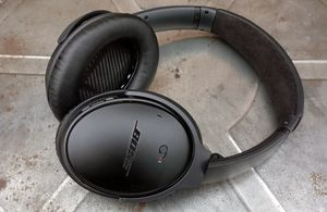Bose headphones QC 2 for Sale in Federal Way, WA