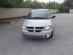 2005 Dodge Grand Caravan Sxt for Sale in Tampa, FL