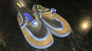 Speedo Water Shoes - Size 7/8 for Sale in Lovettsville, VA