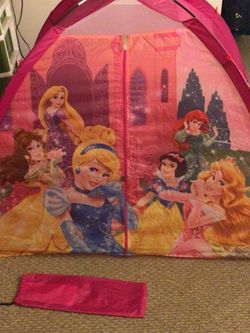 Kids Indoor Pop up Tent for Sale in Ingleside,  IL