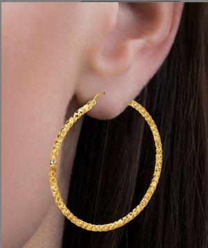 18k Gold-Plated Diamond-Cut Hoop Earrings for Sale in Santa Ana, CA