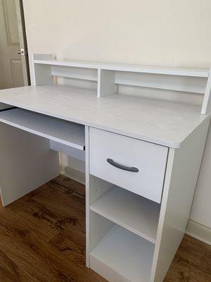 Wooden Computer Desk - white - used for Sale in Marietta, GA